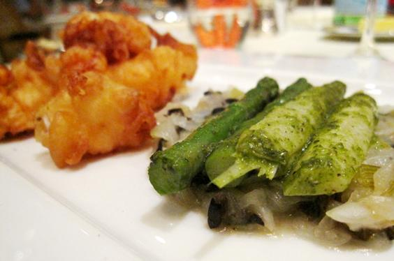 battered prawns, sauteed onions and olives, asparagus